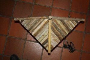 dakje japanse houten wandlamp