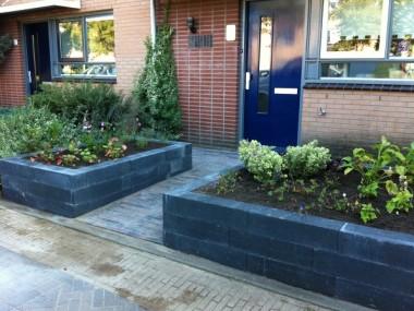 Hout beton schutting ontwerp voortuin for Ontwerp voortuin met parkeerplaats